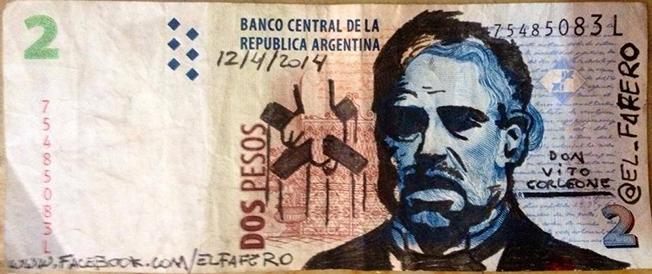 Papel moneda muy artístico e irónico