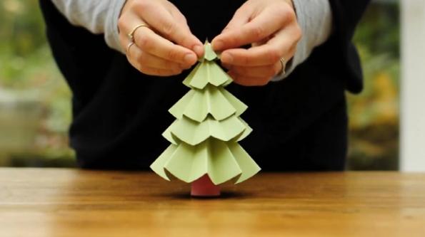 <!--:es-->Cómo decorar tu casa para Navidad con ¡papel!<!--:-->