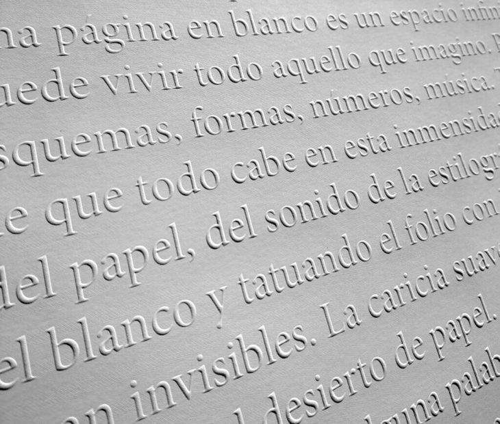 Blank Paper: ¿Bloqueo creativo? Es hora de escribir un diario de sueños