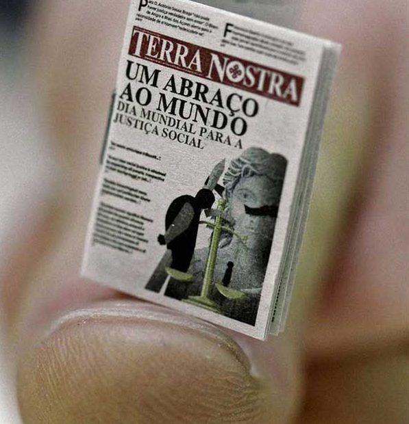 <!--:es-->'Terra Nostra', el periódico más pequeño del mundo<!--:--><!--:pt-->'Terra Nostra', o jornal mais pequeno do mundo<!--:-->
